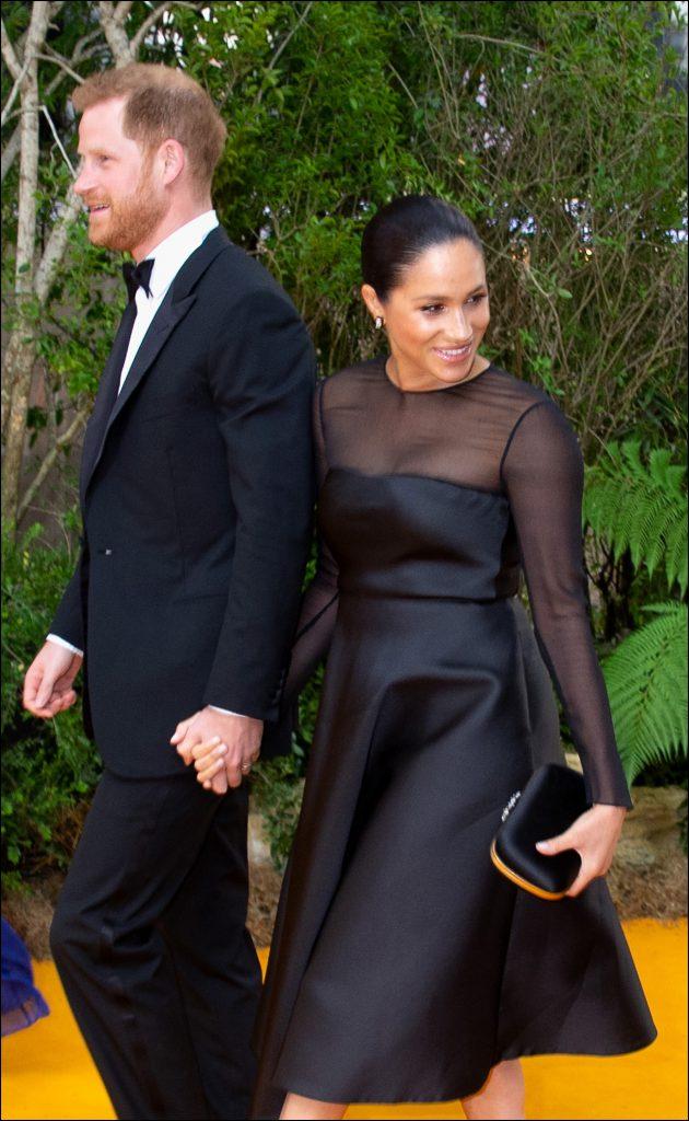Meghan Markle y el príncipe Harry en el estreno de El rey León. Foto: Fotonoticias