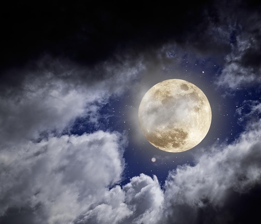 Cómo limpiar energéticamente tu casa en Luna llena