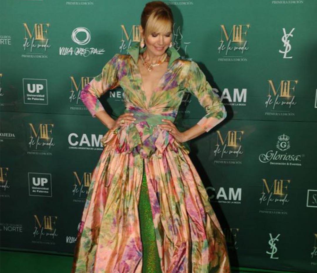 Valeria Mazza y Pampita: las grandes estrellas sobre la green carpet de los Martín Fierro de la Moda