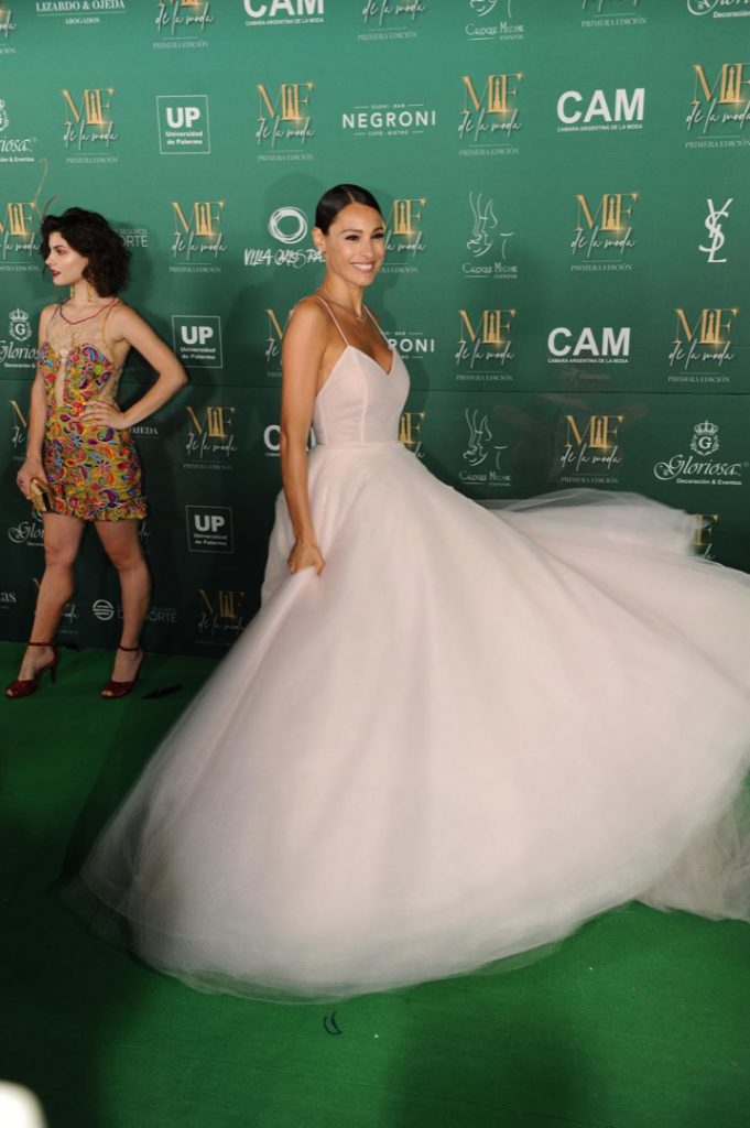 PAMPITA GREEN CARPET MARTIN FIERRO MODA