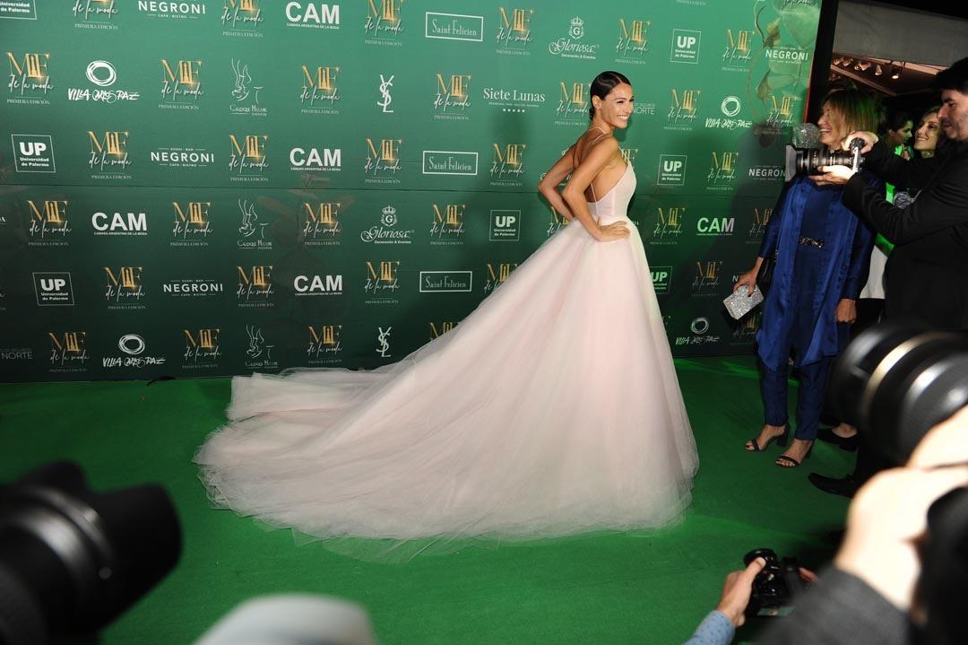 El look pre boda de Carolina Pampita Ardohain