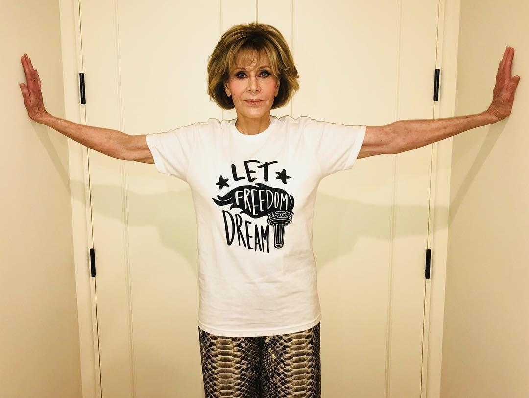 El video del arresto de Jane Fonda en una manifestación contra el cambio climático en Washington