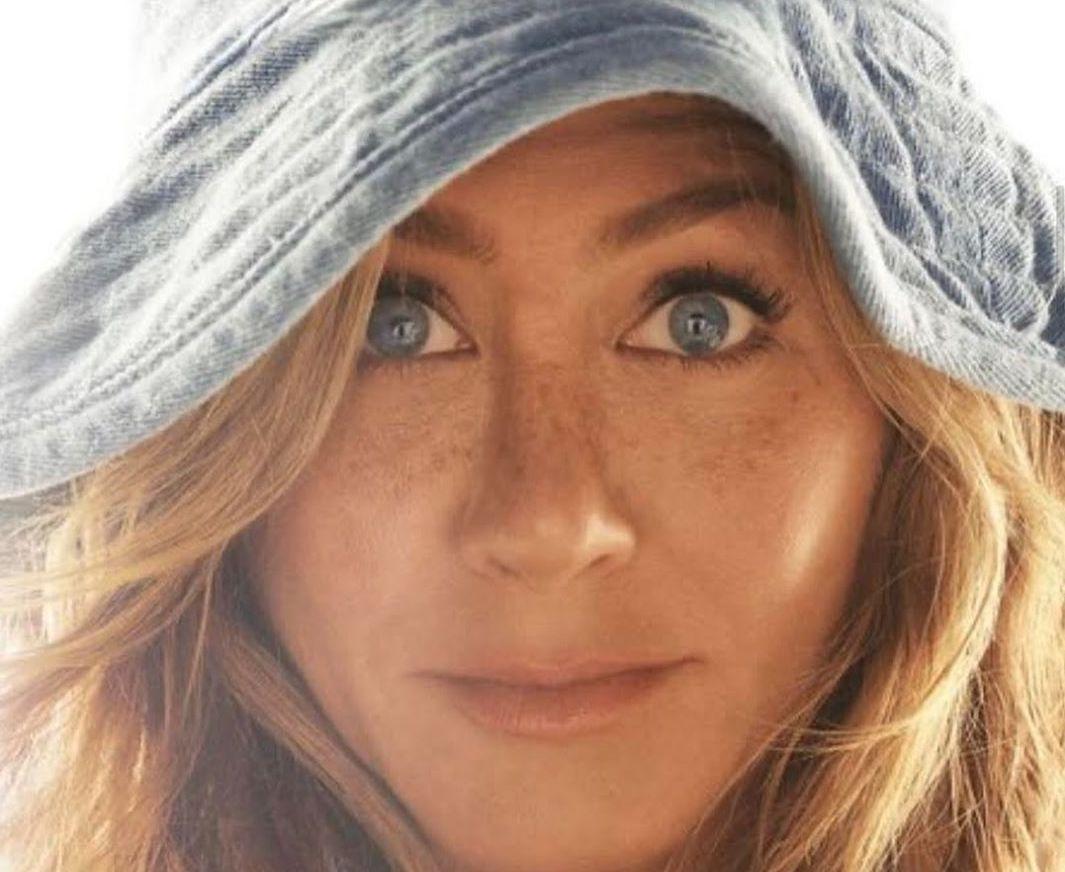 Jennifer Aniston sin miedo al ridículo en las redes ¡Genia!