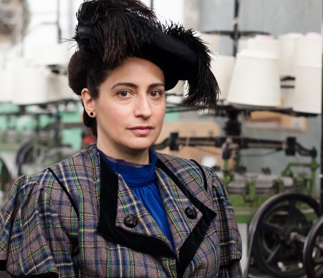 Muriel Santa Ana interpreta a 8 mujeres pioneras del feminismo (y hace historia)