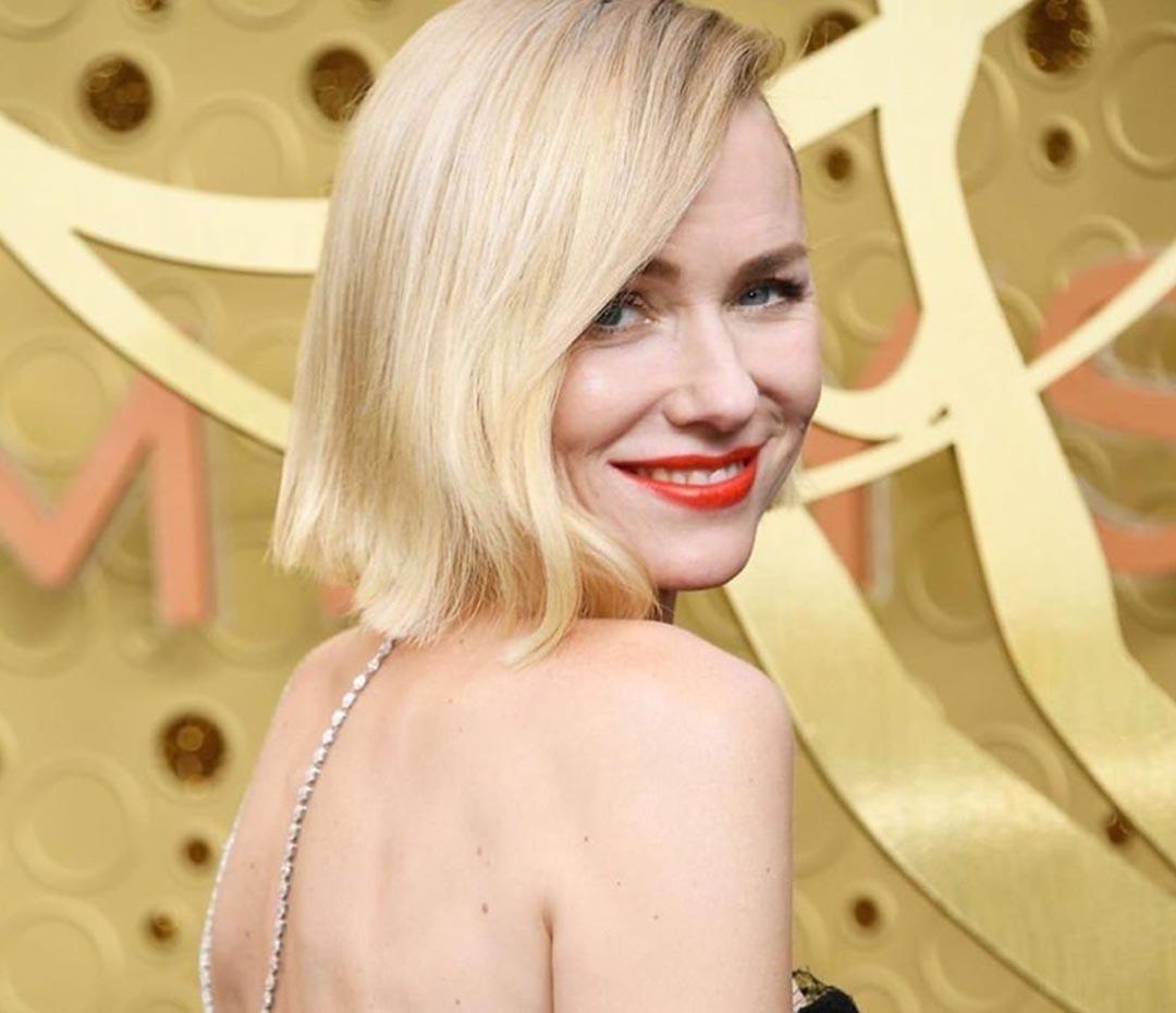 El vestido de inspiración romántica de Naomi Watts en la red carpet