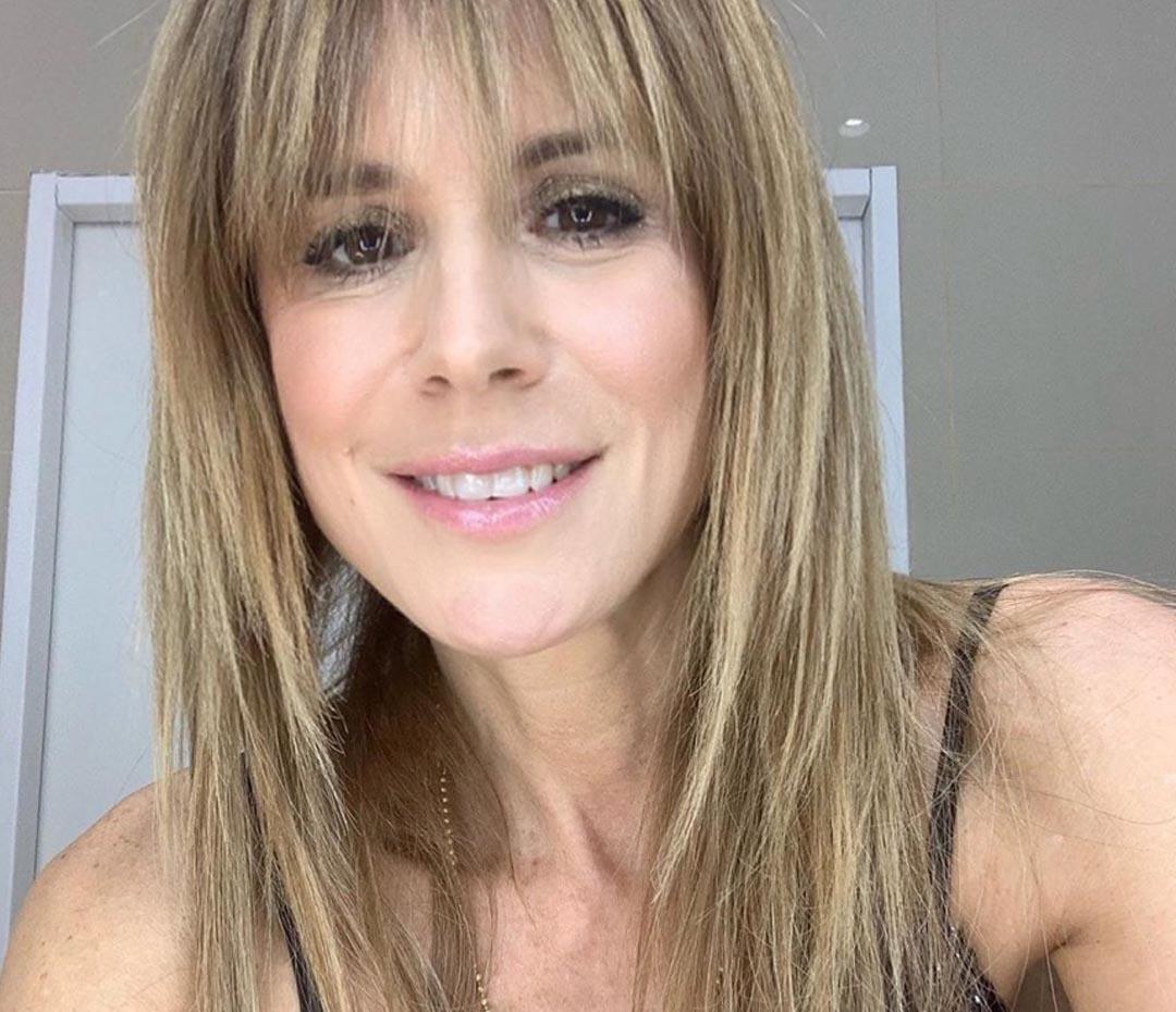 Maquillate en 10 pasos con este tutorial de Flavia Palmiero (los mejores trucos para un make up glow)
