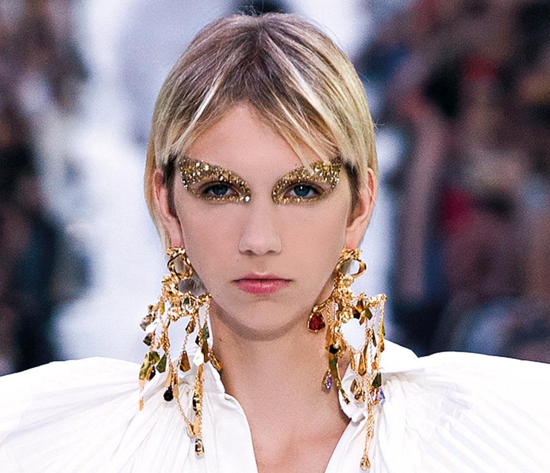 Te mostramos las tendencias en make up de los desfiles internacionales (para que puedas maquillarte a la moda)