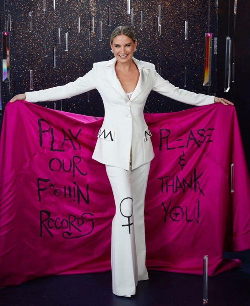 el vestido protesta de Jennifer Nettles