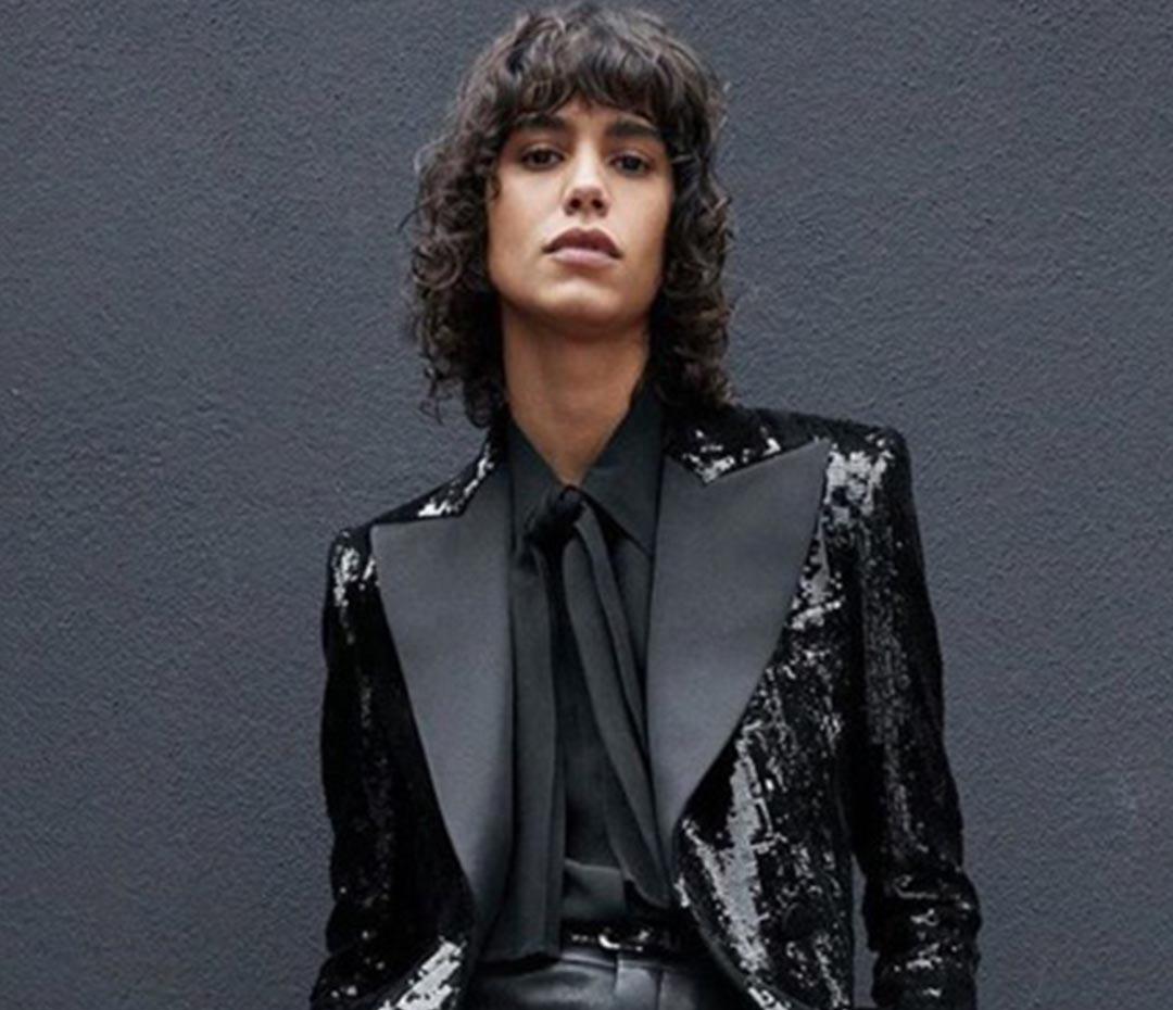 Mica Argañaraz en el cielo de las top models en la nueva campaña de Saint Laurent