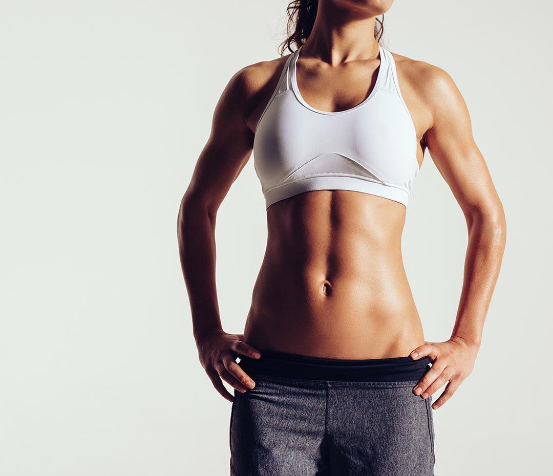 ¿Planchas o crunches? El mejor ejercicio para los abdominales es...