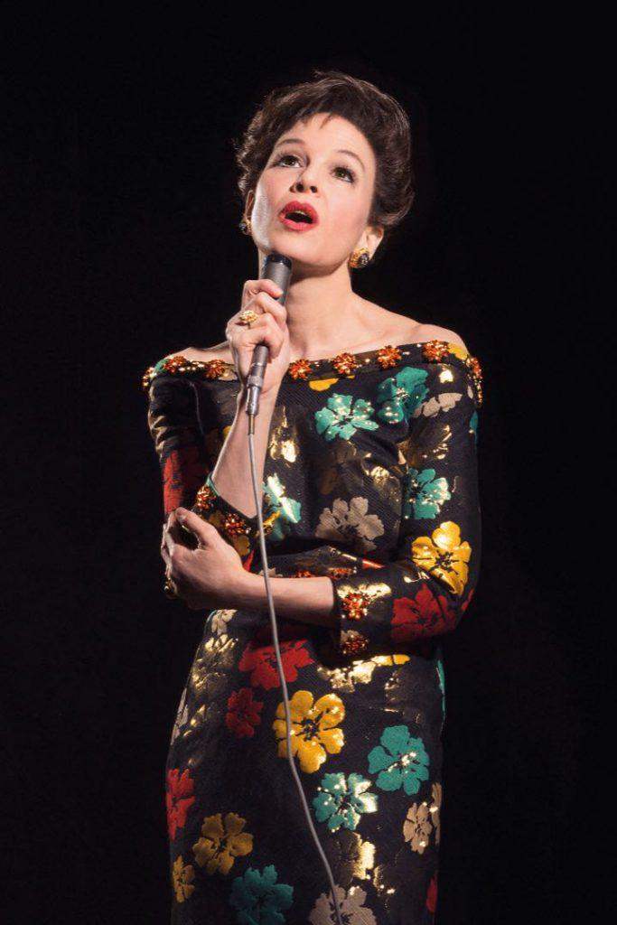 Renée Zellweger en su fabulosa interpretación de Judy Garland.