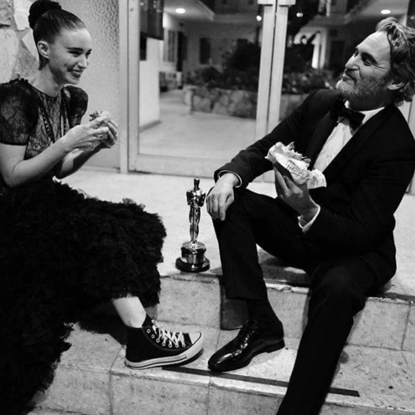 Joaquin Phoenix y Rooney Mara. Foto: Instagram.