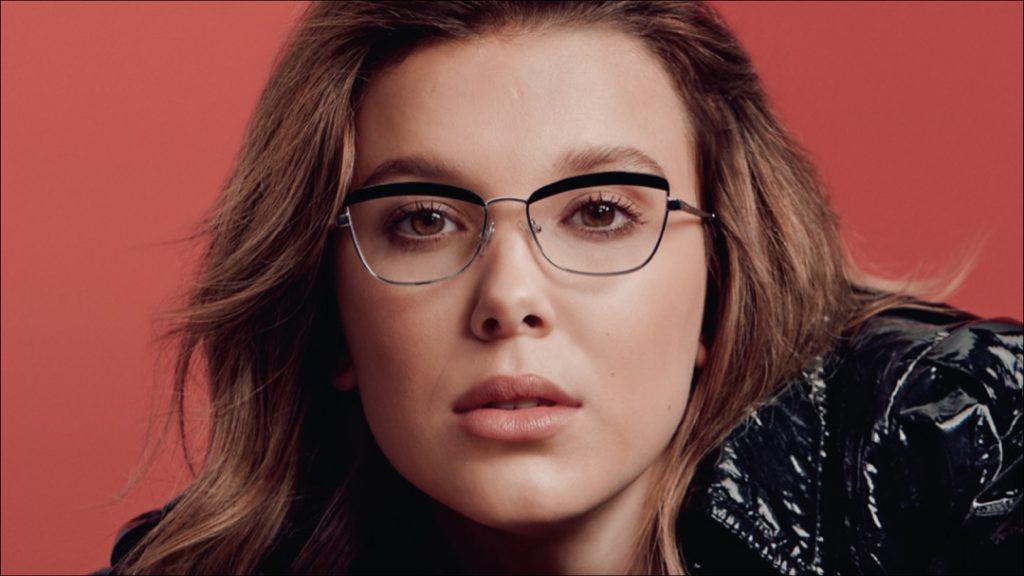 Millie Bobby Brown en una colaboración con Vogue para una nueva línea de lentes