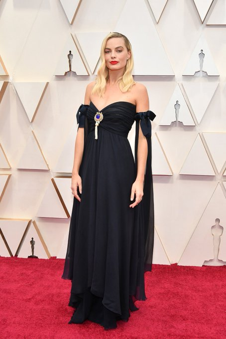 Margot Robbie Oscars 2020 Negro