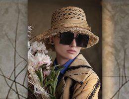Las modelos Ruth Bell, Selena Forrest y Jia Li posan para la campaña Primavera Verano 2020 de Dior