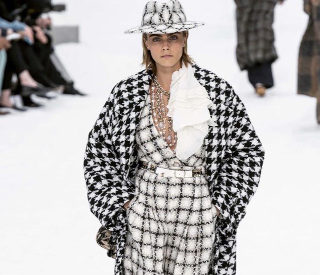 La íconica estampa Chanel está entre nosotras (y promete quedarse todo el invierno)