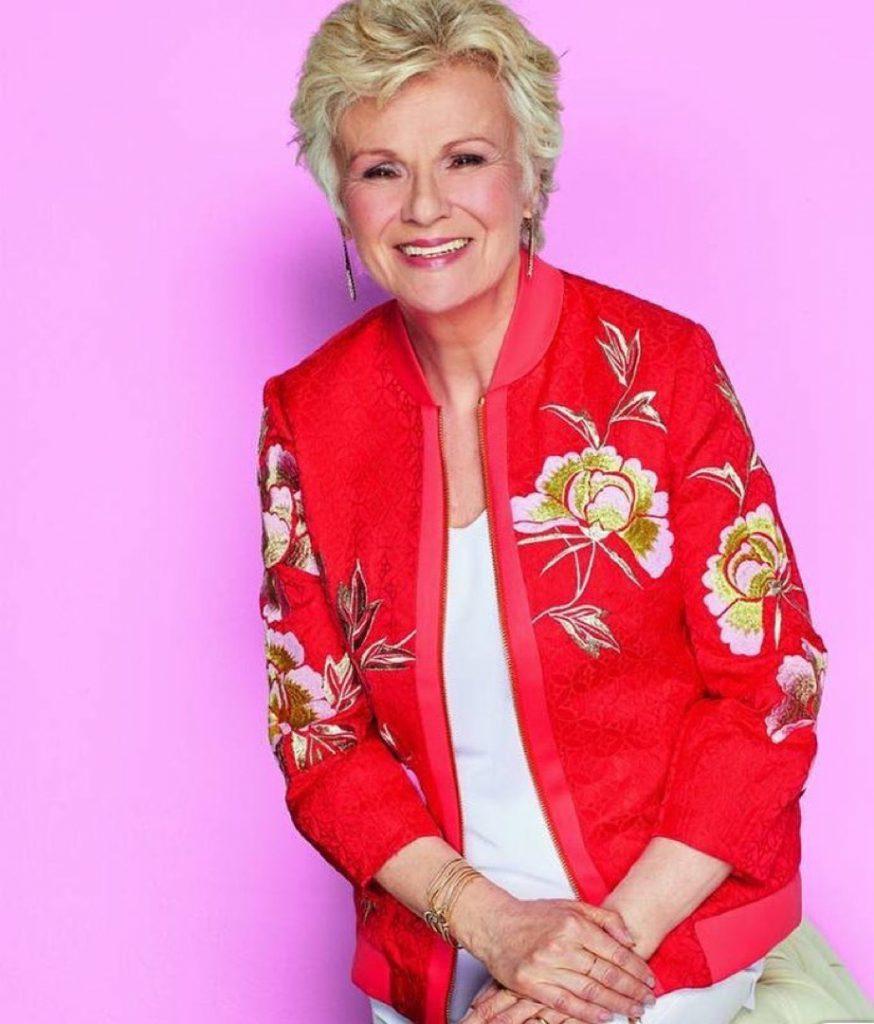 Julie Walters hoy, a los 70 años y recuperada del cáncer intestinal.