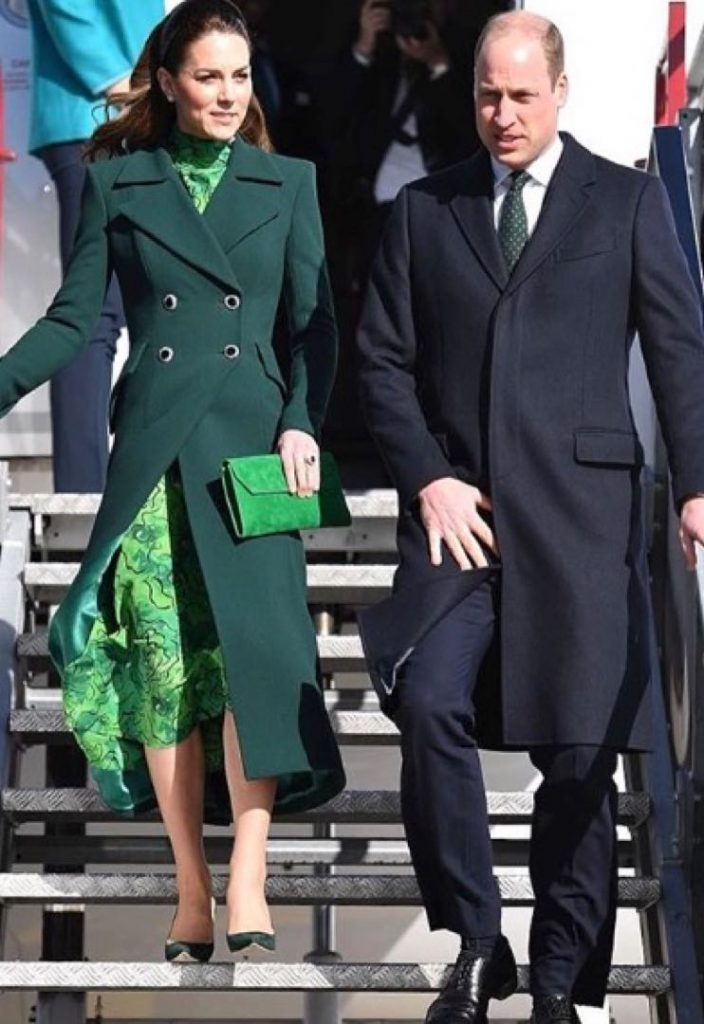 KATE DUQUESA CAMBRIDGE LOOK VERDE DUBLIN IRLANDA