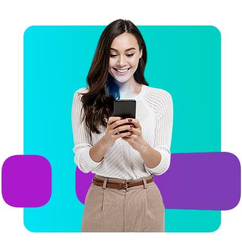Pessoa contratando Reppara através do celular