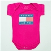 Body Manga Curta Tommy Leite Pink 12 a 15 Meses