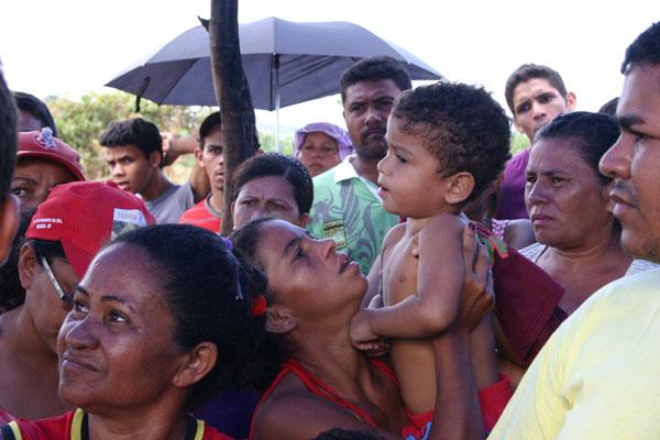 Expulsas por Belo Monte, famílias sem teto ocupam terrenos urbanos em Altamira