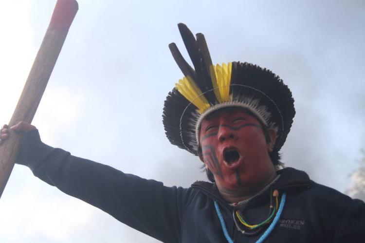 Unificar as lutas em defesa do Brasil Indígena