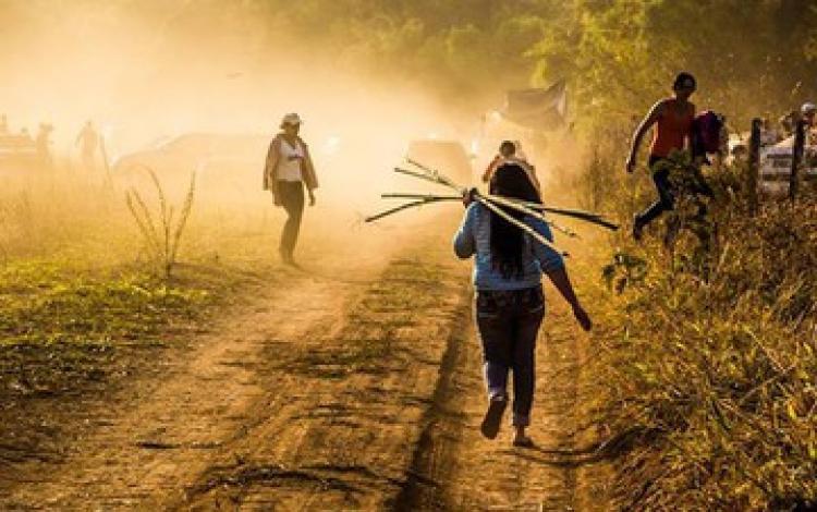 MST realiza ato pela reforma agrária em latifúndio do senador Eunício Oliveira