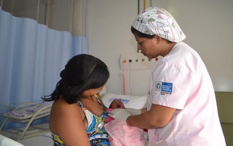 Mãe terá mesmo direito do pai de registrar o nascimento do filho em cartório