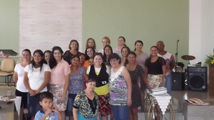 CEBI-MS: Mulheres da Assembleia de Deus em contato com a Leitura Popular da Bíblia