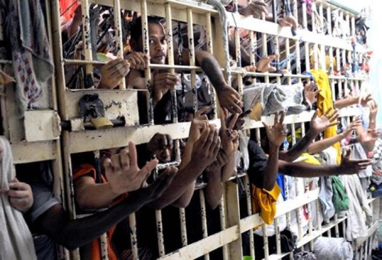 Cada preso é um cliente – O que se esconde por detrás da decisão da Câmara (Roberto Malvezzi Gogó)