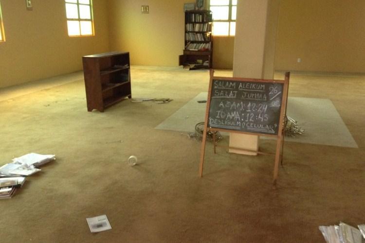 Fundamentalismo: homem destrói objetos em mesquita de Ponta Grossa (PR)