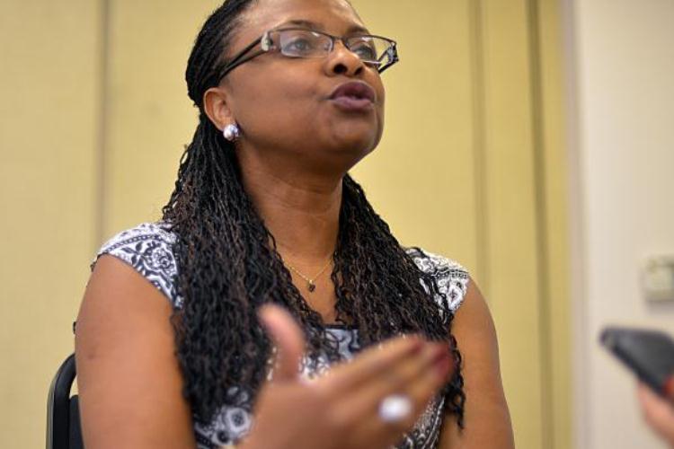 Quanto mais se nega a existência de racismo, mais ele se propaga, diz ministra