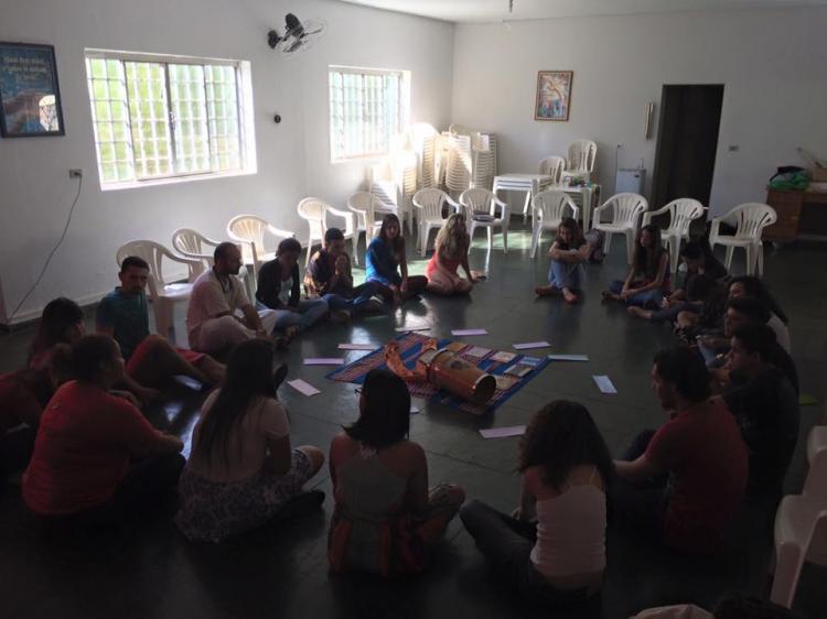 CEBI-GO: Escola Bíblica da Juventude 'Formação das Comunidades e suas Revelações'