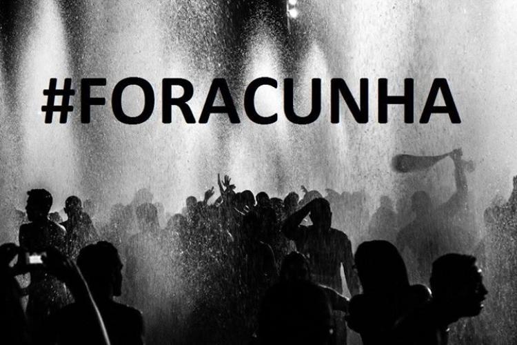 Eduardo Cunha manda e desmanda