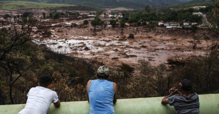'Tsunami de lama' pode ser pior com ruptura de novas barragens em MG