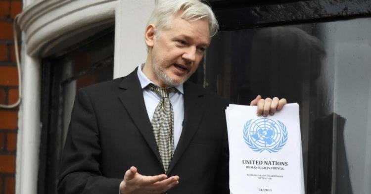 Julian Assange, o preso político que expõe o Império