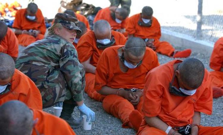 Obama anuncia plano para fechar prisão de Guantánamo em Cuba