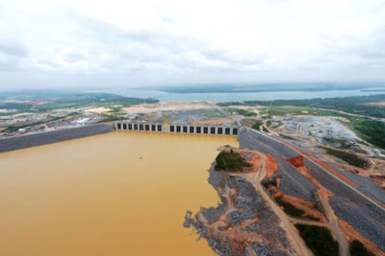 Sem saneamento previsto no licenciamento de Belo Monte, Altamira pode sofrer colapso sanitário