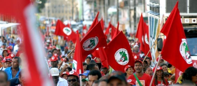 MST amplia jornada e mobiliza seis capitais no país