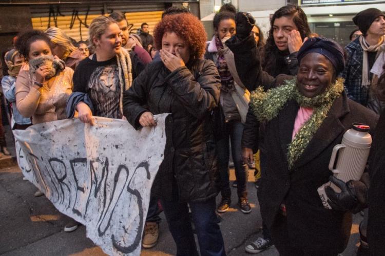 Do medo da madrugada à emoção da vitória: a ocupação Lanceiros Negros celebra permanência