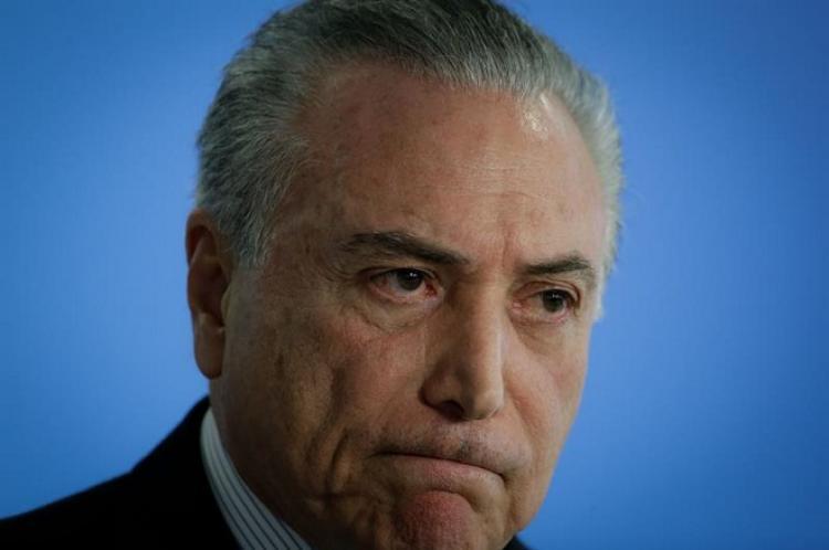 Condenação de Temer pela Justiça Eleitoral indica 'perigosa farsa' das elites, diz Intercept