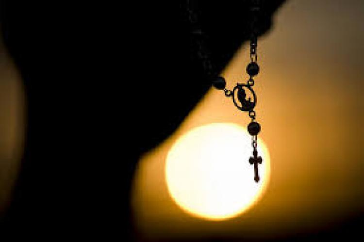 """""""A quem foi perdoado pouco, demonstra pouco amor"""" (Lucas 7,36 – 8,3) [Tomaz Hughes SVD]"""