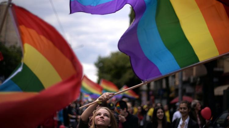 Orlando é aqui: A sua 'opinião' e a sua 'piada' matam LGBTs todos os dias