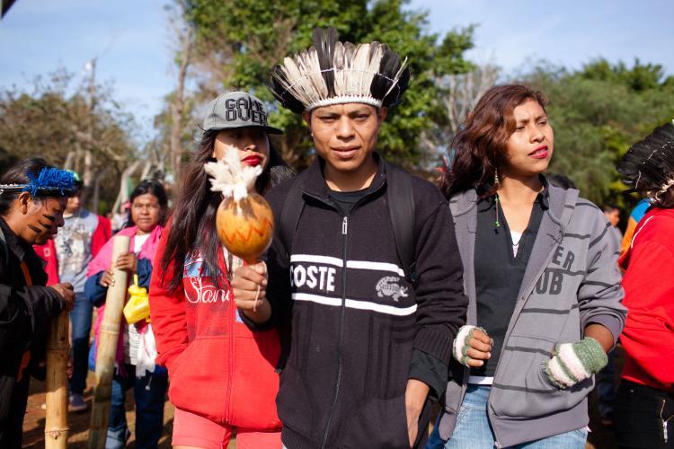 Juventude Kaiowa e Guarani: entre o rap, a reza e a retomada