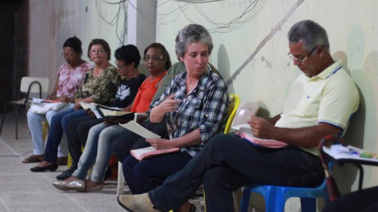CEBI-MG: Reunião de círculos bíblicos em Sete Lagoas