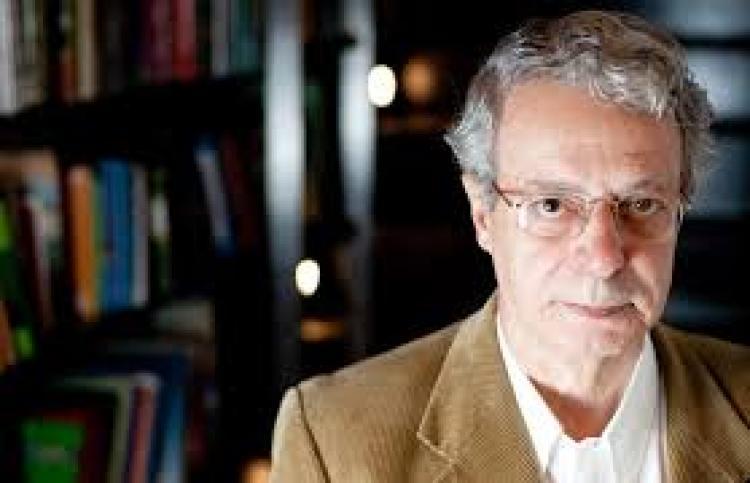 """Frei Betto: """"A desgraça do Brasil é sua política, culpa de uma herança colonial não superada"""""""