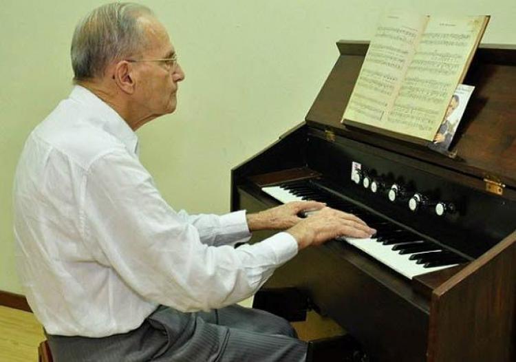 Morre Dom Lelis Lara, bispo católico colaborador do CEBI
