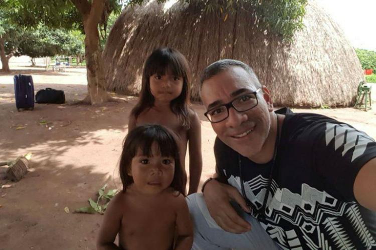 Por defesa de indígenas