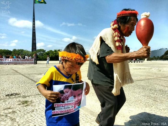 Dono de sítios, Alexandre de Moraes alinha-se com ruralistas