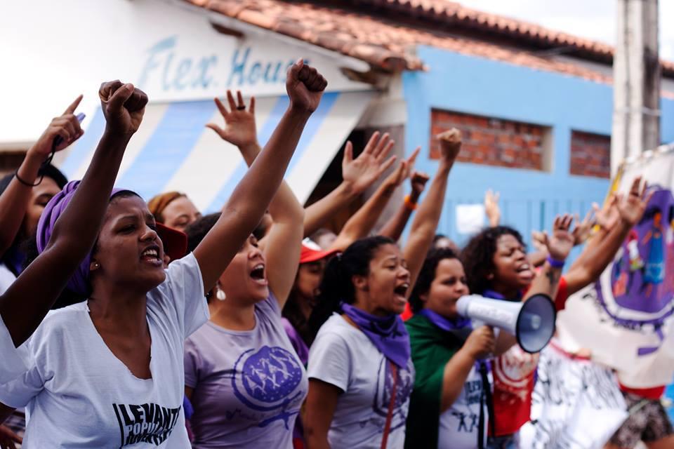 Como protestar na greve mundial das mulheres?